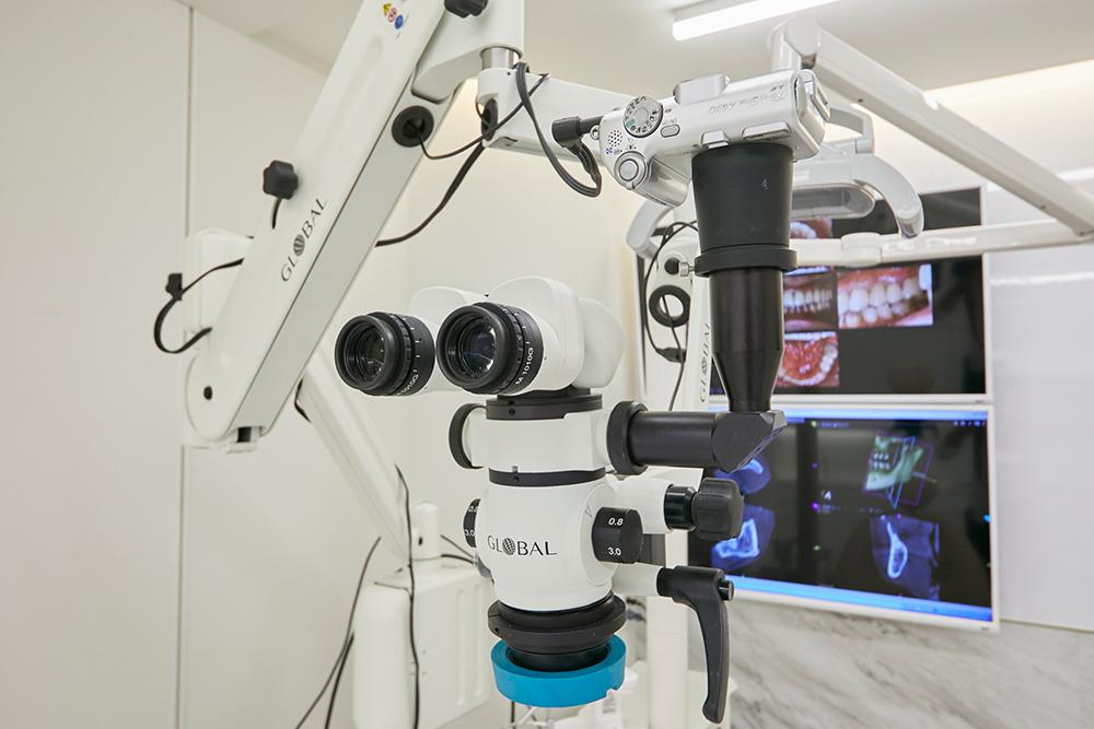 マイクロスコープ(歯科顕微鏡)